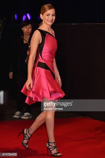 Britt Robertson attends the Tokyo premiere of 'Tomorrowland' at Roppongi Hills on May 25 2015 in Tokyo Japan