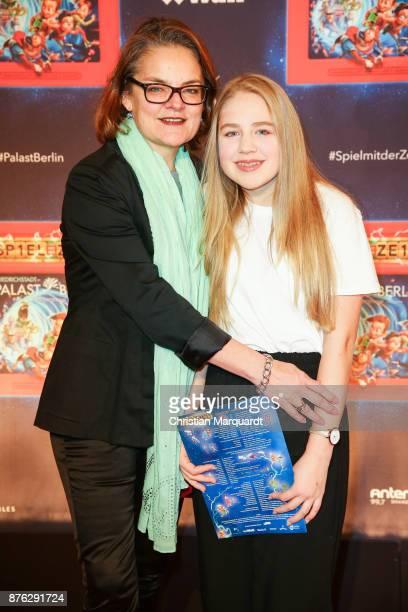 Britta Elm attends the premiere of the children show 'Spiel mit der Zeit' at Friedrichstadtpalast on November 19 2017 in Berlin Germany