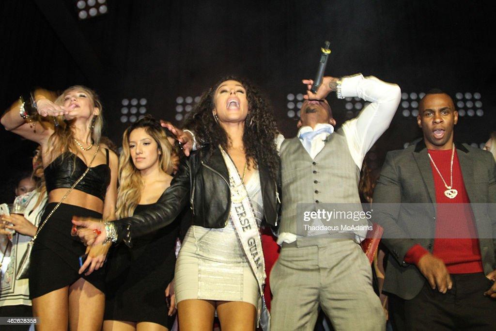 Maxim Super Bowl Party : News Photo