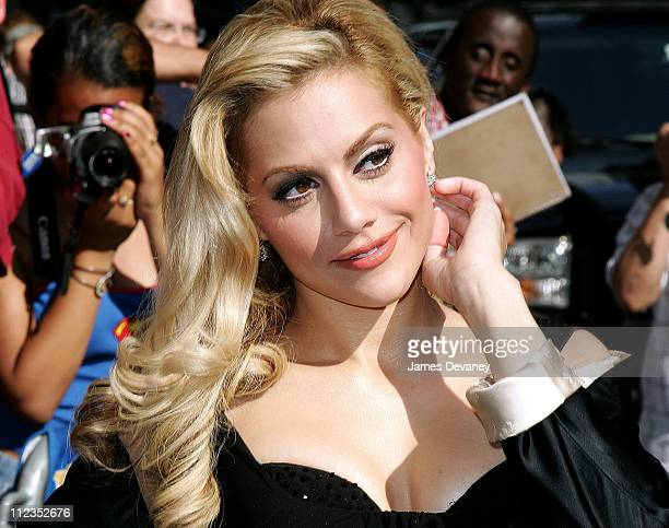 """Brittany Murphy during Brittany Murphy Visits the """"Late Show With David Letterman"""" - June 20, 2006 at Ed Sullivan Theatre in New York City, New York,..."""