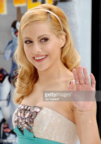 Brittany Murphy during Happy Feet World Premiere Arrivals at Grauman's Chinese Theatre in Hollywood California United States