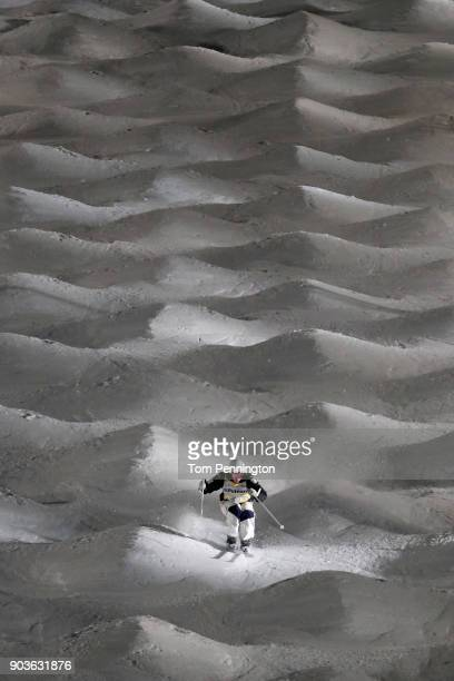 Britteny Cox of Australia competes in the Ladies' Moguls Finals during the 2018 FIS Freestyle Ski World Cup at Deer Valley Resort on January 10 2018...