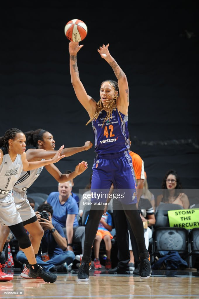 Brittney Griner #42 of the Phoenix Mercury passes the ball during a game against the San Antonio Stars on May 19, 2017 at AT&T Center in San Antonio, Texas.
