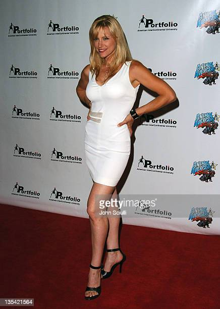 Brittney Powell During Portfolio And Animal Avengers Host Show Picture Rache Verne Troyer