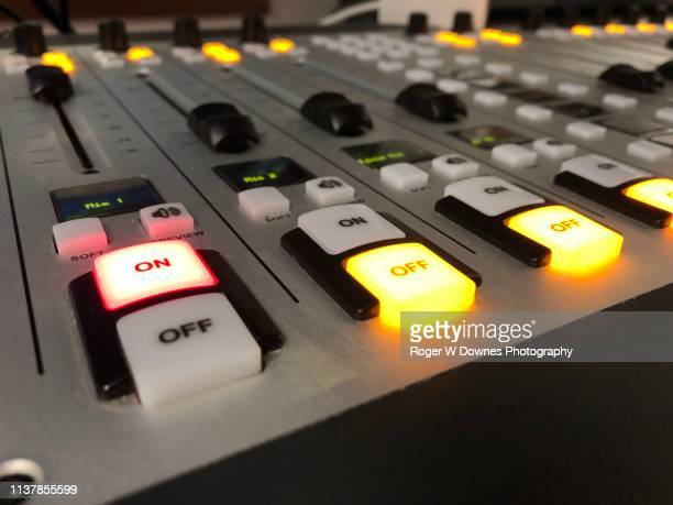 broadcast audio board - radio stock pictures, royalty-free photos & images