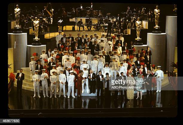 April 11 1983 FINALE WITH PRESENTERS AND OSCAR WINNERS ON STAGE INCLUDING CAROL