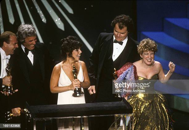 March 29 1982 LR PETER ALLEN BURT BACHARACH CAROLE BAYER SAGER AND CHRISTOPHER CROSS BEST ORIGINAL SONG WINNERS FOR ARTHUR'S THEME WITH