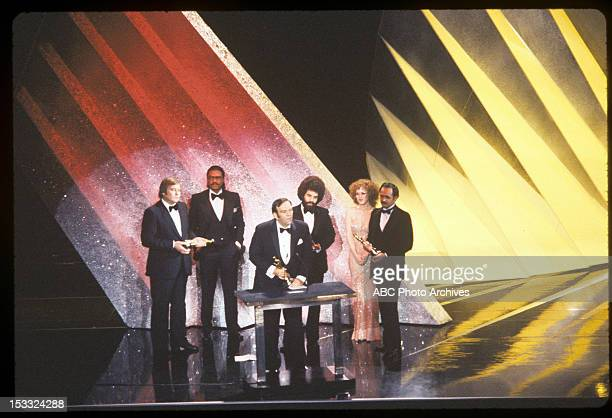 March 31 1981 PRESENTERS BILLY DEE WILLIAMS AND BERNADETTE PETERS WITH BEST SOUND WINNERS PETER SUTTON BILL VARNEY STEVE MASLOW AND GREGG LANDAKER...