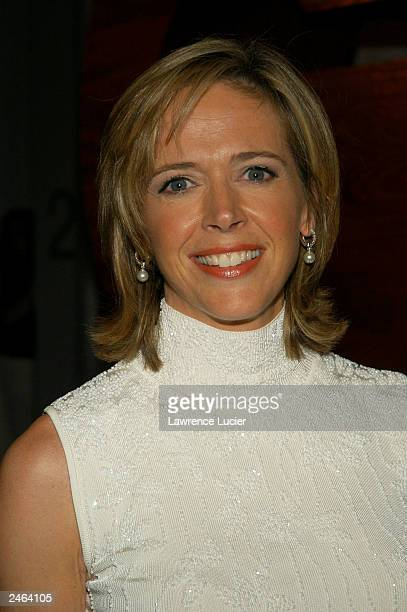 Broadcast journalist Linda Vester arrives at the debut party for GQ's new editorinchief Jim Nelson at Hudson Studios September 4 2003 in New York City