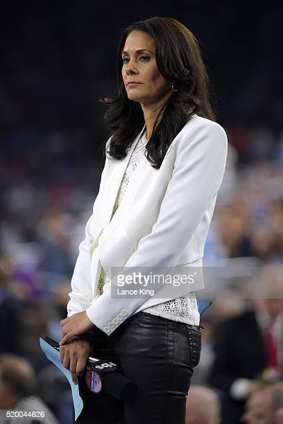 TBS broadcaster Tracy Wolfson looks on during the game between the Villanova Wildcats and the North Carolina Tar Heels during the 2016 NCAA Men's...