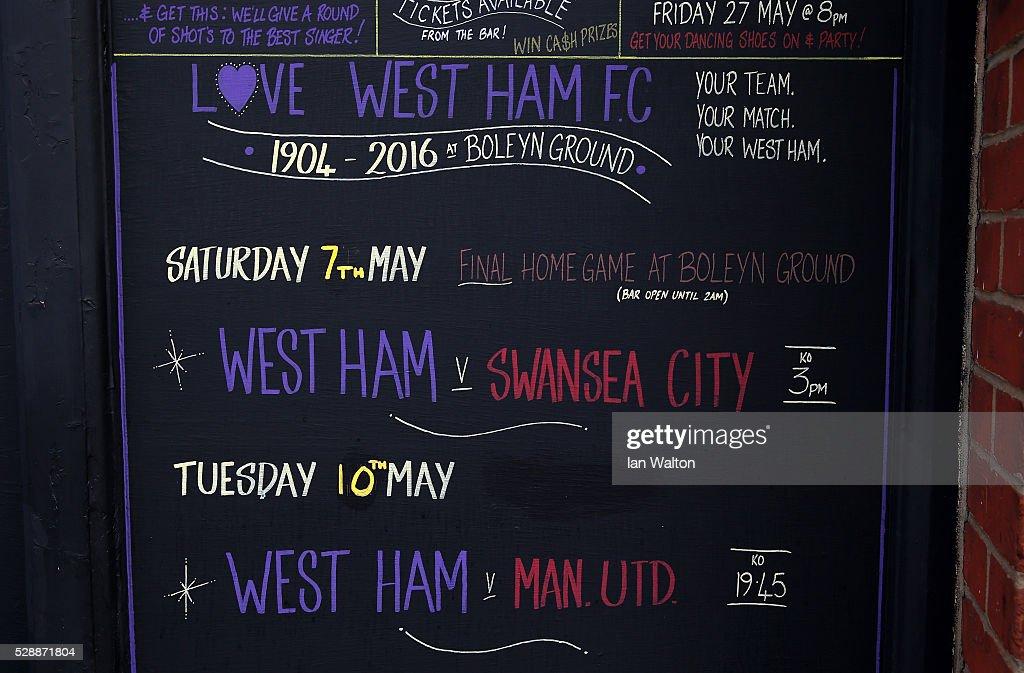 West Ham United v Swansea City - Premier League : News Photo