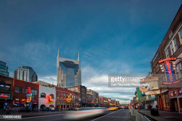 broadway street -nashville,tennessee,usa - tennessee stock pictures, royalty-free photos & images