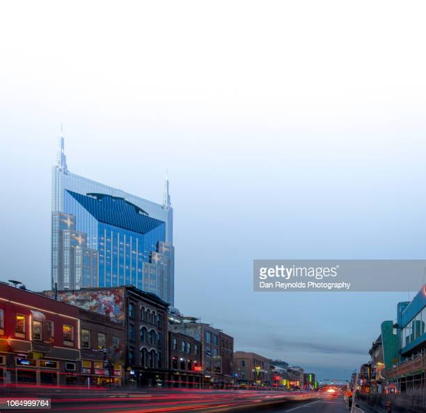 broadway street -nashville,tennessee,usa - nashville skyline stock pictures, royalty-free photos & images