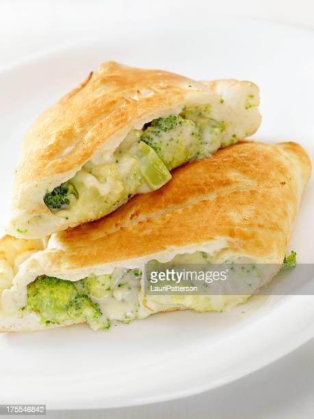 Brócoli y queso Calzone