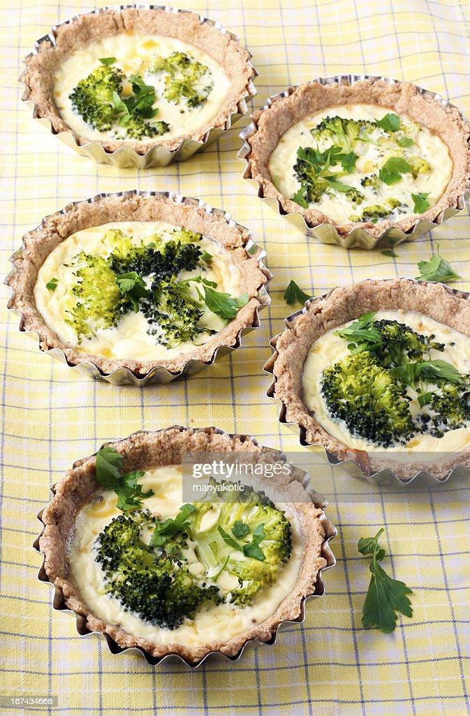 Brócolos mini tarts : Foto de stock