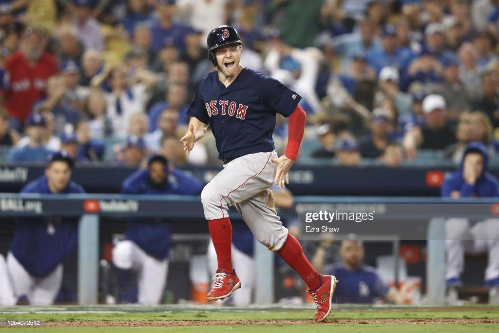World Series - Boston Red Sox v Los Angeles Dodgers - Game Three : Nyhetsfoto
