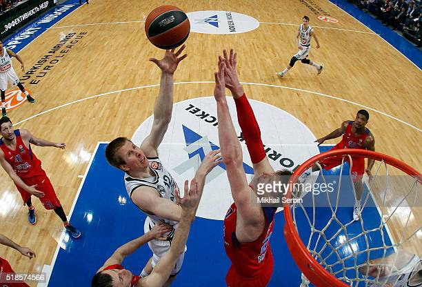 Brock Motum, #12 of Zalgiris Kaunas competes with Andrey Vorontsevich, #20 of CSKA Moscow in action during the 2015-2016 Turkish Airlines Euroleague...