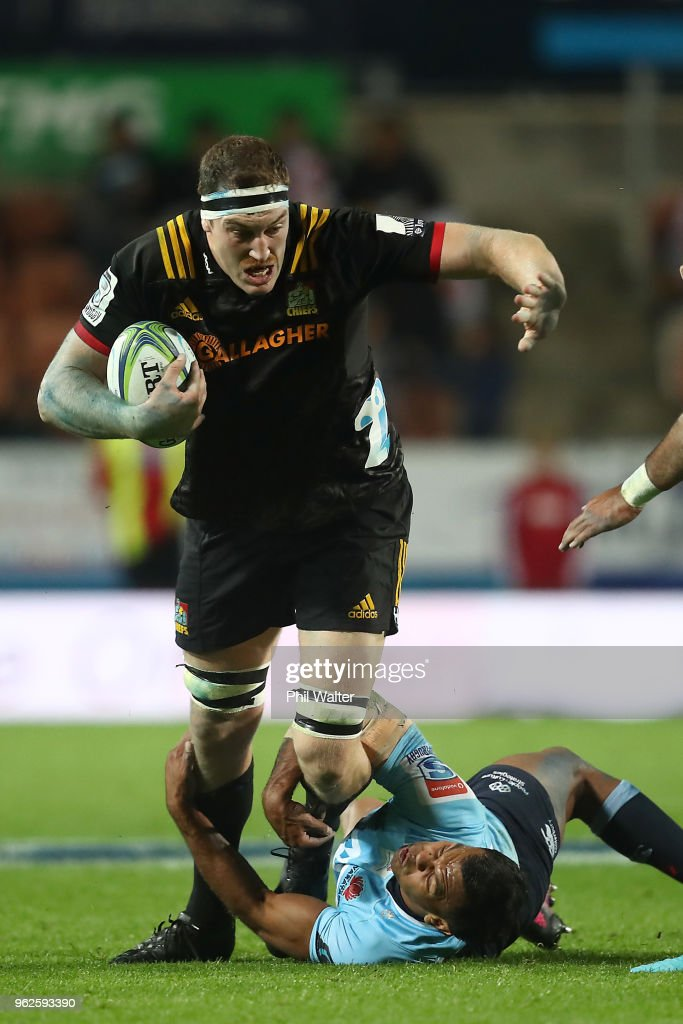 Brodie Retallick of the Chiefs is tackled during the round 15 Super Rugby match between the Chiefs and the Waratahs at FMG Stadium on May 26, 2018 in Hamilton, New Zealand.
