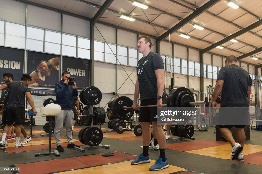 New Zealand All Blacks Training Camp : News Photo