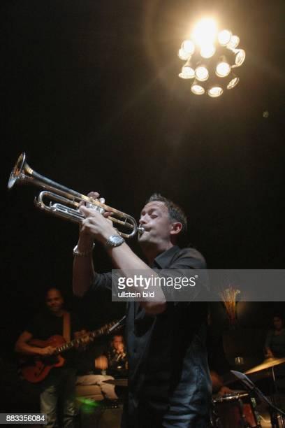 Broenner Till Musiker Trompeter Jazz D spielt auf seiner AfterShowParty in der 'Bar Tausend' in Berlin