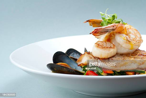 broiled seafood - seafood stock pictures, royalty-free photos & images
