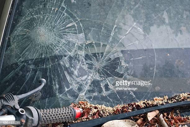 broken car glass - 交通事故 ストックフォトと画像