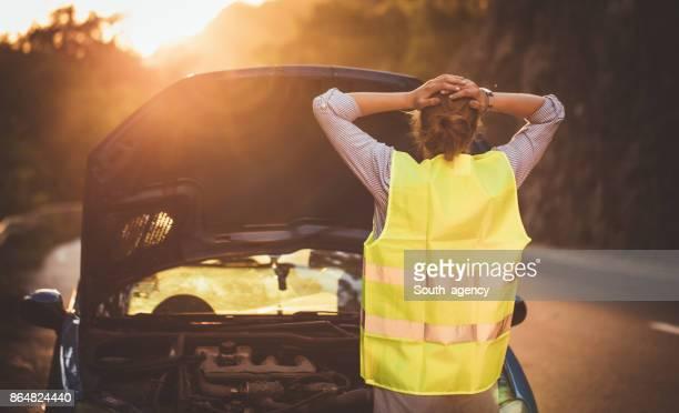 Defekte Auto auf der Straße