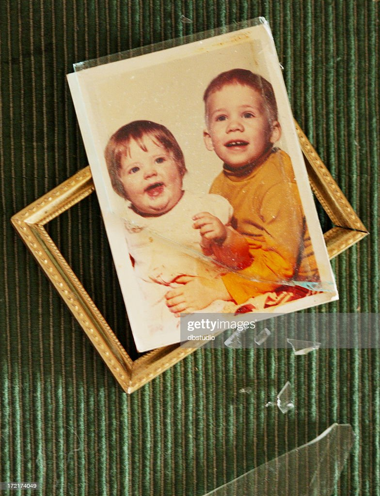 Broken Family High-Res Stock Photo - Getty Images