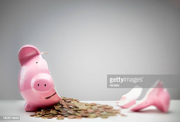 broken piggy bank - piggy bank stock photos and pictures