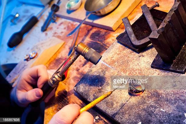 Broken ring under repair