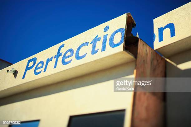 broken sign on storefront - irony stock pictures, royalty-free photos & images