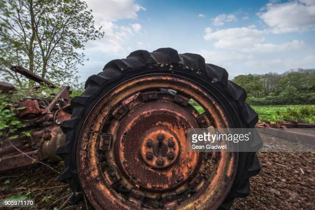 broken tractor wheel - lebanon country stock pictures, royalty-free photos & images
