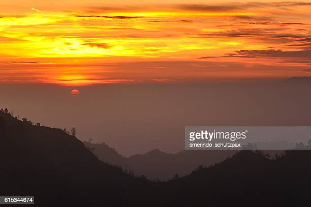 bromo sunrise - bromo crater stock pictures, royalty-free photos & images