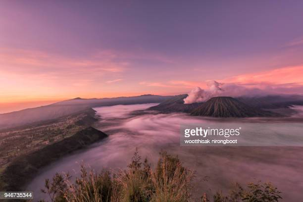 bromo volcano indonesia - active volcano stock pictures, royalty-free photos & images