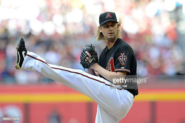 Bronson Arroyo of the Arizona Diamondbacks delivers a pitch in the first inning against the Philadelphia Phillies at Chase Field on April 26 2014 in...