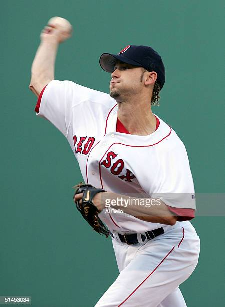 Bronson Arroyo of the Boston Red Sox pitches against the Anaheim Angels in the first inning of Game 3 of the American League Division Series October...