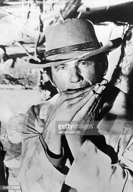 Bronson Charles * Schauspieler USA Rollenportrait spielt Mundharmonika in dem Film Spiel mir das Lied vom Tod Regie Sergio Leone Italien 1968
