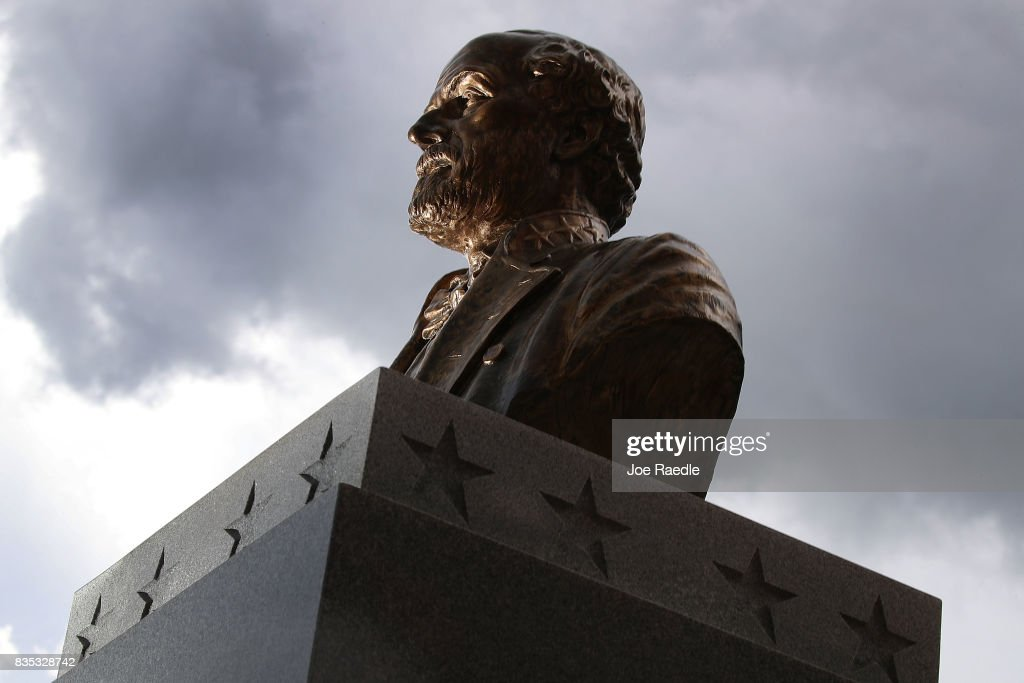 Monuments To The Confederacy In Question As Cities Across Country Debate Taking Them Down In Wake Of Charlottesville : News Photo