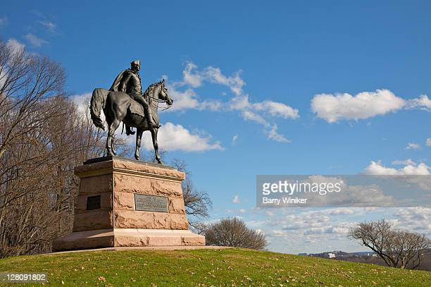 bronze equestrian statue located where pennsylvania troops commanded by general anthony wayne made encampment, valley forge national historical park, king of prussia, pa, usa - american troops at valley forge stock pictures, royalty-free photos & images
