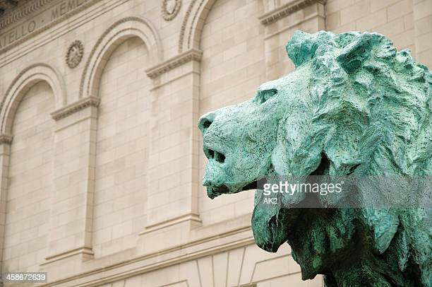 bronze lion at the art institute of chicago - art institute of chicago stock pictures, royalty-free photos & images