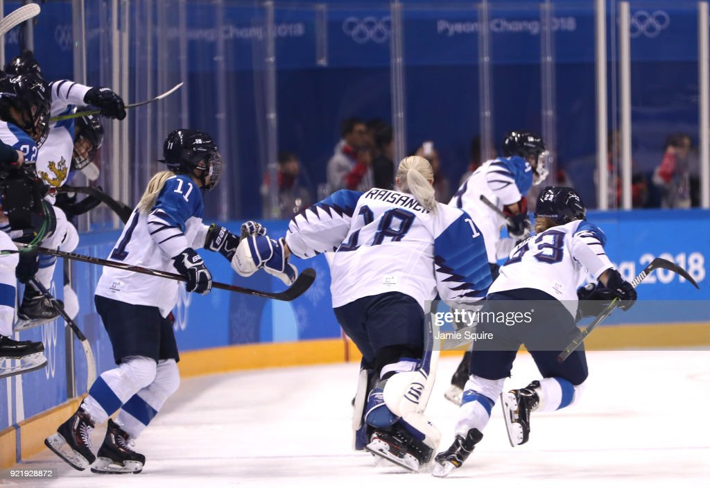 Ice Hockey - Winter Olympics Day 12 : News Photo