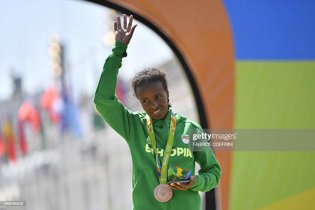 ATHLETICS-OLY-2016-RIO-PODIUM : News Photo