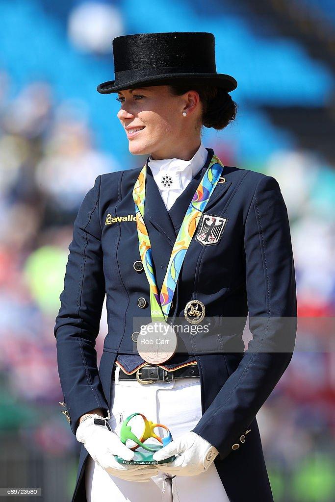 Equestrian - Olympics: Day 10 : Foto di attualità