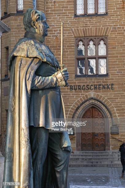 BronzeStandbild von Friedrich Wilhelm IV Restaurant 'Burgschenke' Burg 'Hohenzollern' Bisingen BadenWürrtemberg Deutschland Europa Denkmal...