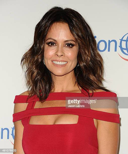 Brooke Burke-Charvet attends Operation Smile's 2015 Smile Gala at the Beverly Wilshire Four Seasons Hotel on October 2, 2015 in Beverly Hills,...