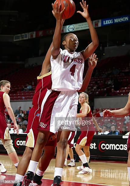 Brooke Campbell shoots at the University of Maryland Terripin Classic on December 30 2004 at the Comcast Center in College Park Maryland The...