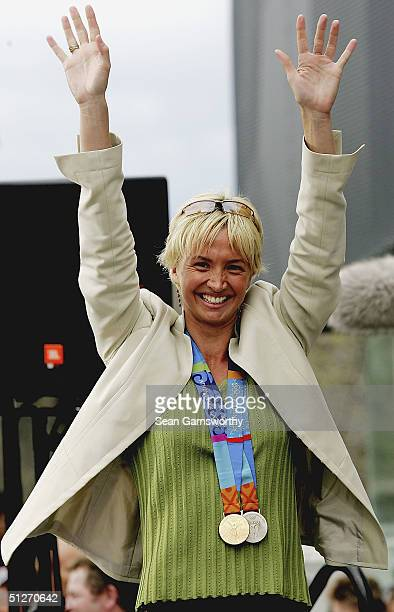 Brooke Hanson of the Australian Olympic team acknowledges the crowd during the the Australian Olympic team parade through Melbourne September 8 2004...