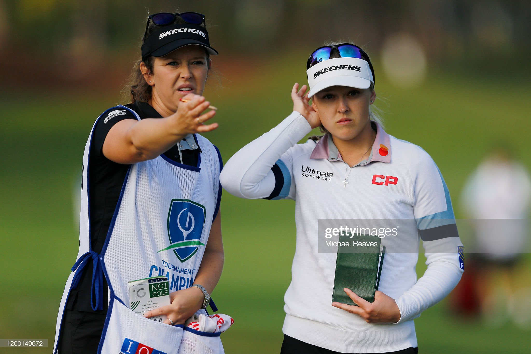 https://media.gettyimages.com/photos/brooke-henderson-of-canada-looks-over-her-second-shot-on-the-fourth-picture-id1200149672?s=2048x2048