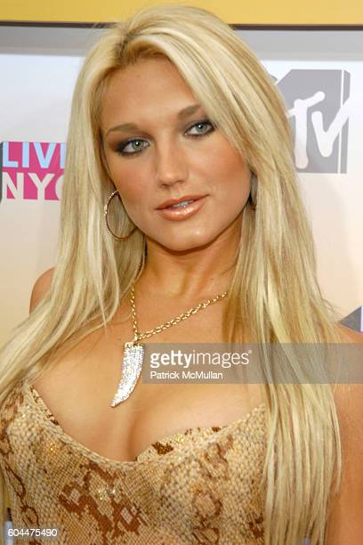 Brooke Hogan attends 2006 MTV Video Music Awards at Radio City Music Hall on August 31 2006 in New York City