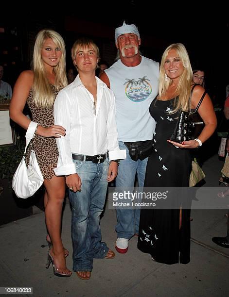 Brooke Hogan Nick Hogan Hulk Hogan and Linda Hogan